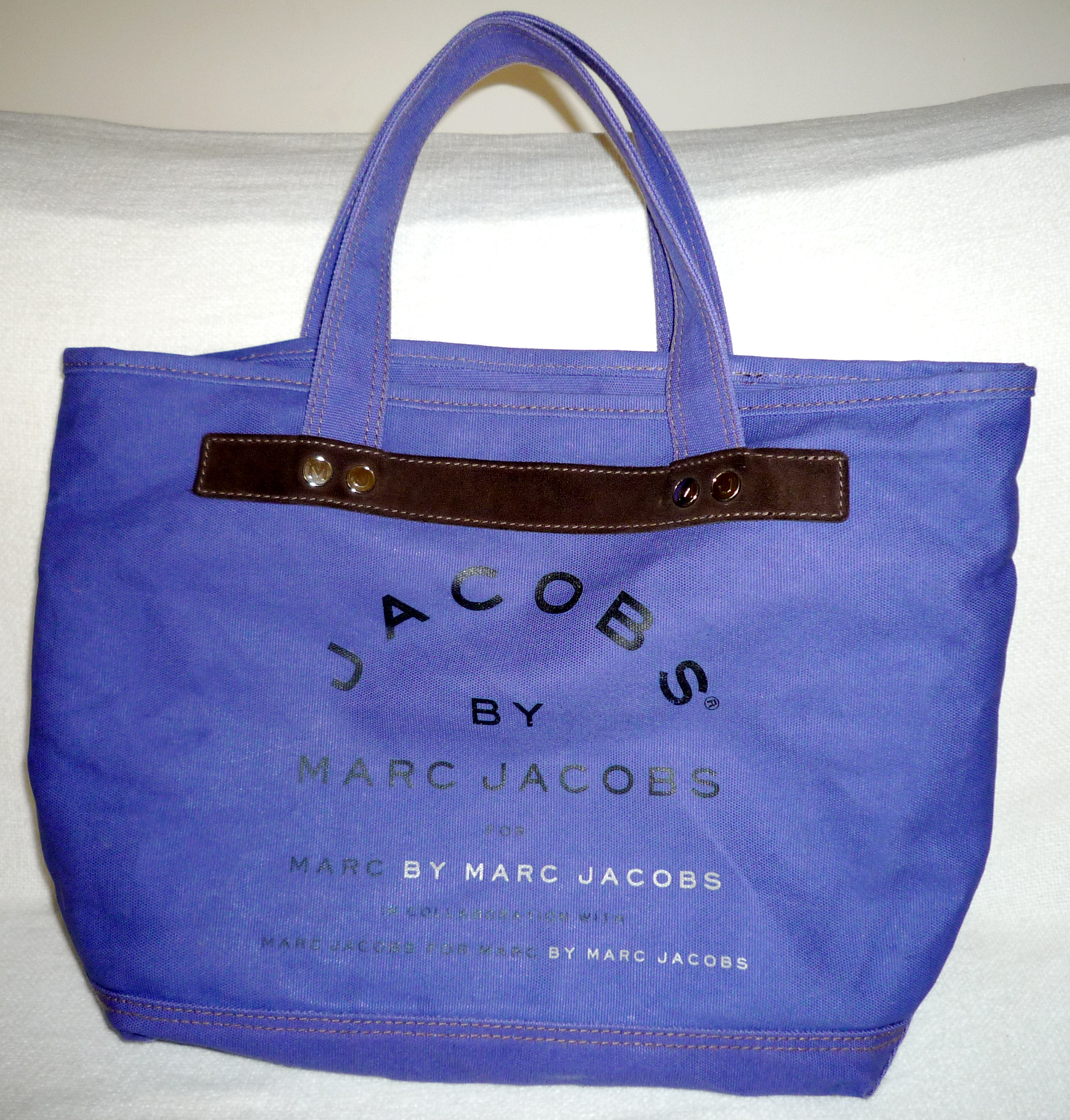 cabas marc by marc jacobs le mag de mate mon sac. Black Bedroom Furniture Sets. Home Design Ideas