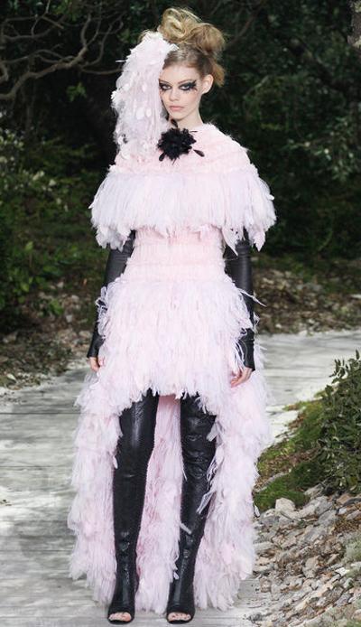 c8ebd164c6286 Defile couture chanel. Défilé Haute Couture Chanel