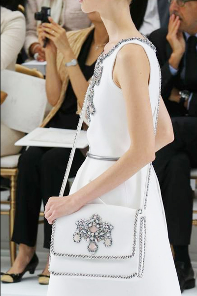 chanel-karl-lagerfeld-defile-haute-couture-A-W-14-15-sac