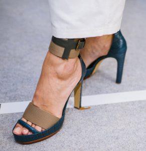 Sandales ouvertes bicolore