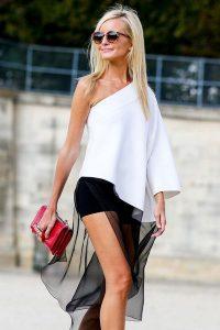 streetstyle-paris-fashion-week-robe-noire-et-blanche-fendue_5118104