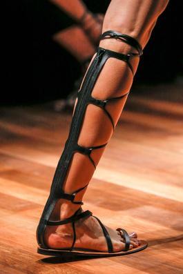 valentino sandales noires spartiates
