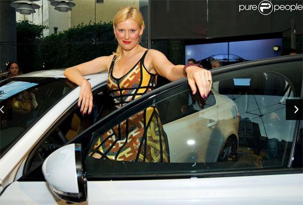 anna-sherbinina-jaguar-blog