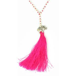 by-matemonsac-collier-ganesh-argent-perles-beiges-pompon-rose-fluo-petit-modele