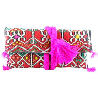 pochette-kilim-rouge-tresse-fuchsia