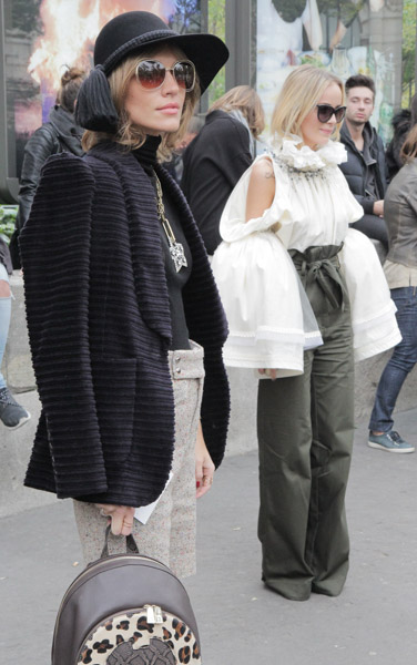 paris-fashion-week-street-style-21