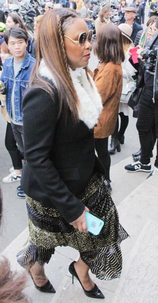 paris-fashion-week-street-style-22
