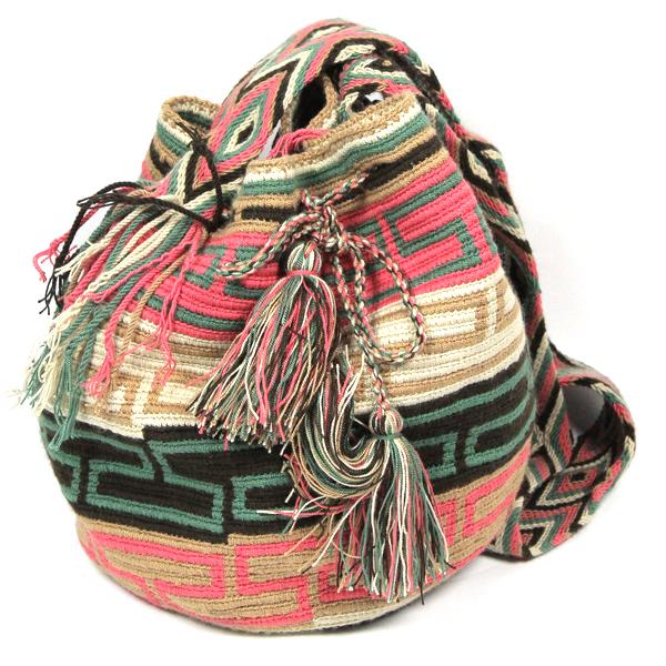 sac-mochila-wayuu-geometrique-pastel
