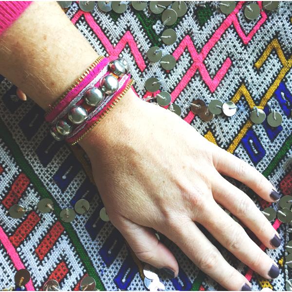 bracelet-kuchi-vintage-rose-porte