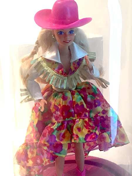 barbie-cow-girl-musee-arts-decoratifs