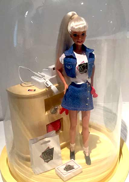 barbie-denim-musee-arts-decoratifs