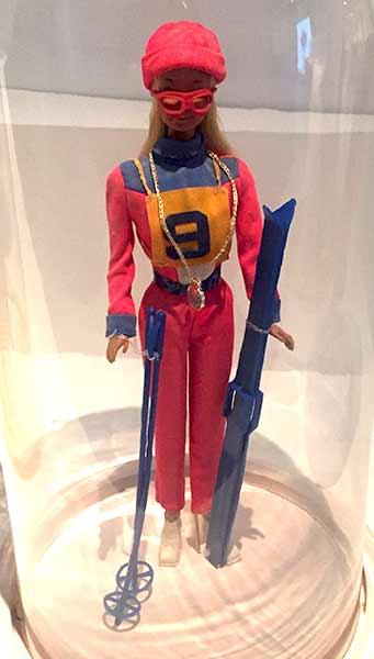 barbie-fait-du-ski-musee-arts-decoratifs