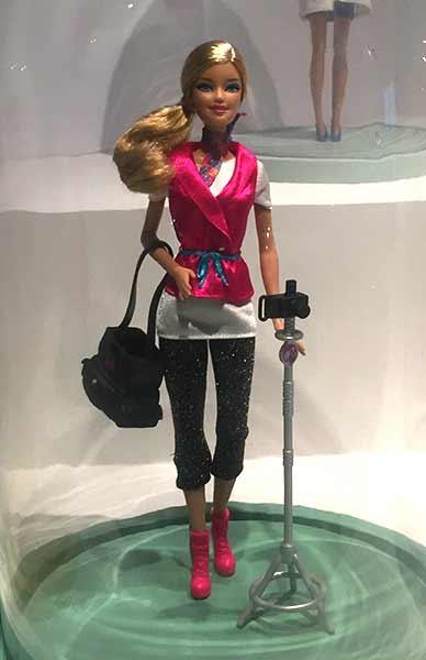 barbie-photographe-musee-arts-decoratifs