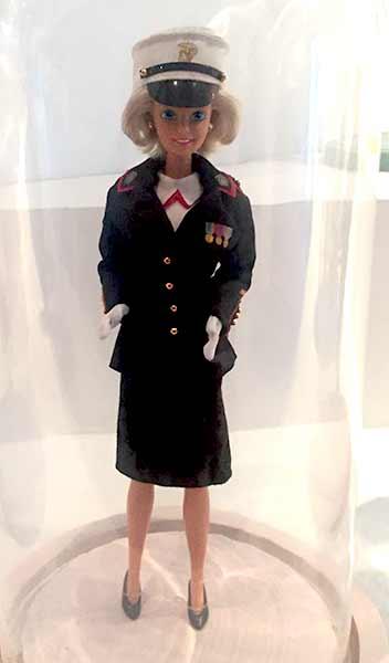 barbie-pilote-musee-arts-decoratifs