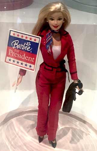 barbie-president-clinton-hillary-musee-arts-decoratifs