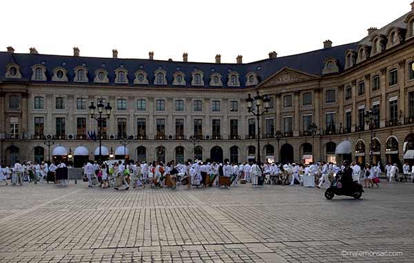 diner-en-blanc-place-vendome-paris-2016-29