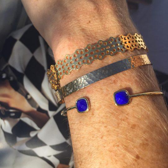 bracelet-dore-or-perfore-portes