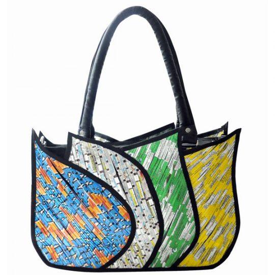 Les accessoires de mode créés à partir de produits recyclés.