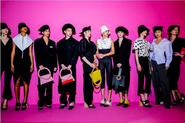 jacquemus-paris-fashion-week-automne-hiver-2017-2018-silhouettes