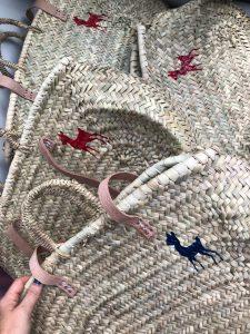panier ines de la fressange peint par maud fourier